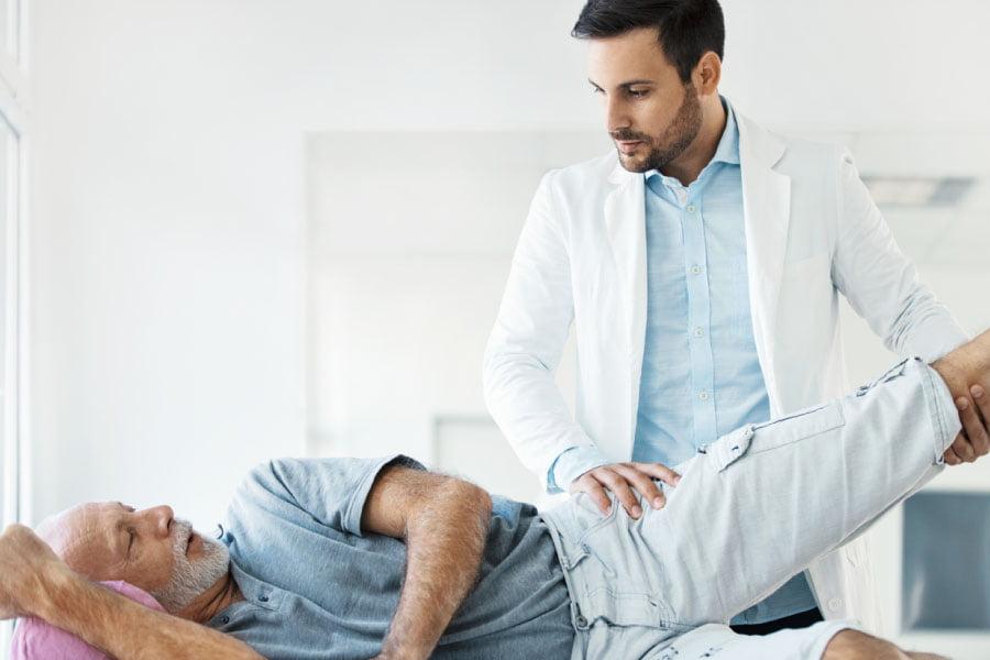 Qual a importância de procurar um médico com especialização em Cirurgia do Quadril?